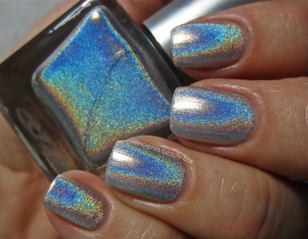 UO Silver Holo swatch 2
