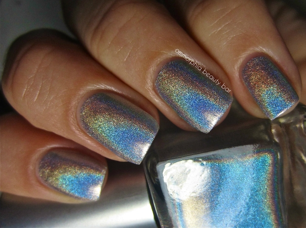 UO Silver Holo swatch