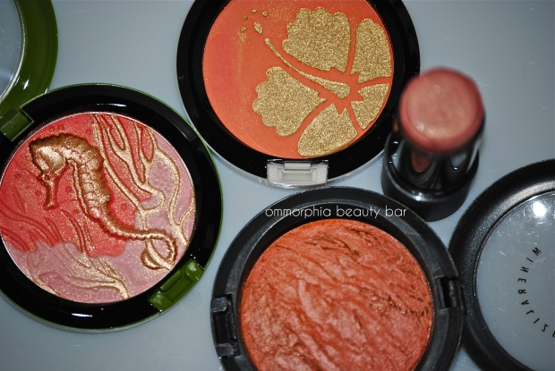 Highlighter-Blush hybrids