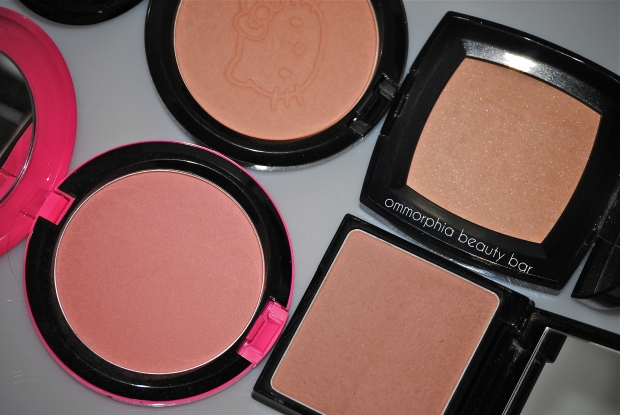 Highlighters - face powders