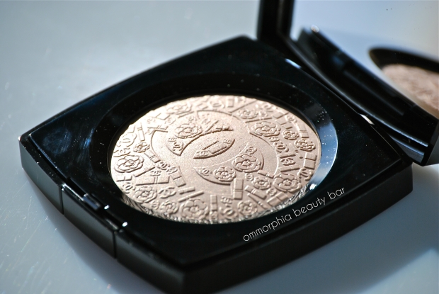 Chanel Illuminating Powder 2