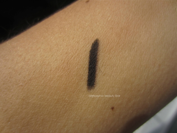 shu uemura black soft-gel pencil swatch