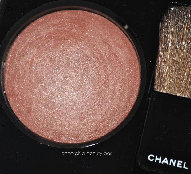CHANEL Accent blush flash
