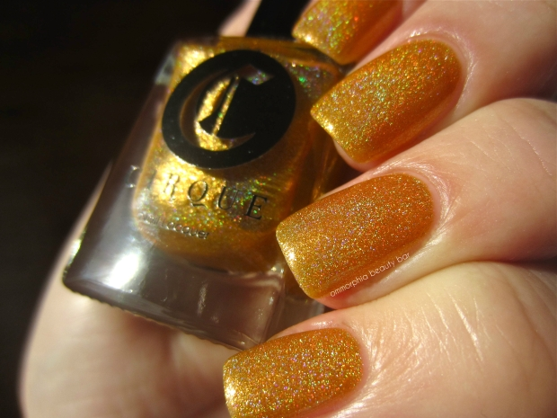 Cirque Chrysopoeia swatch 2