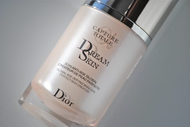 Dior Dream Skin detail