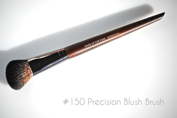 MUFE #150 Precision Blush Brush