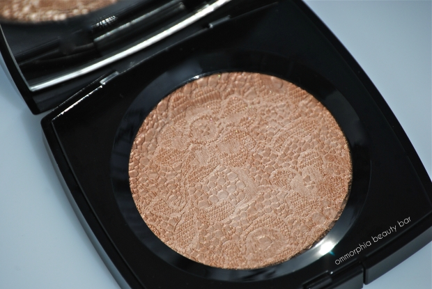 CHANEL Dentelle Precieuse powder