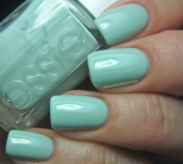 Essie Fashion Playground swatch