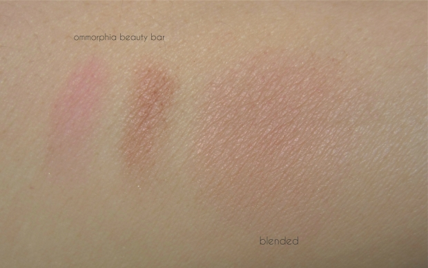 Diorskin Nude Shimmer 01 swatch 2