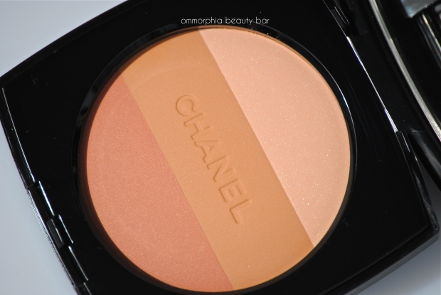CHANEL No 02 Healthy Glow macro
