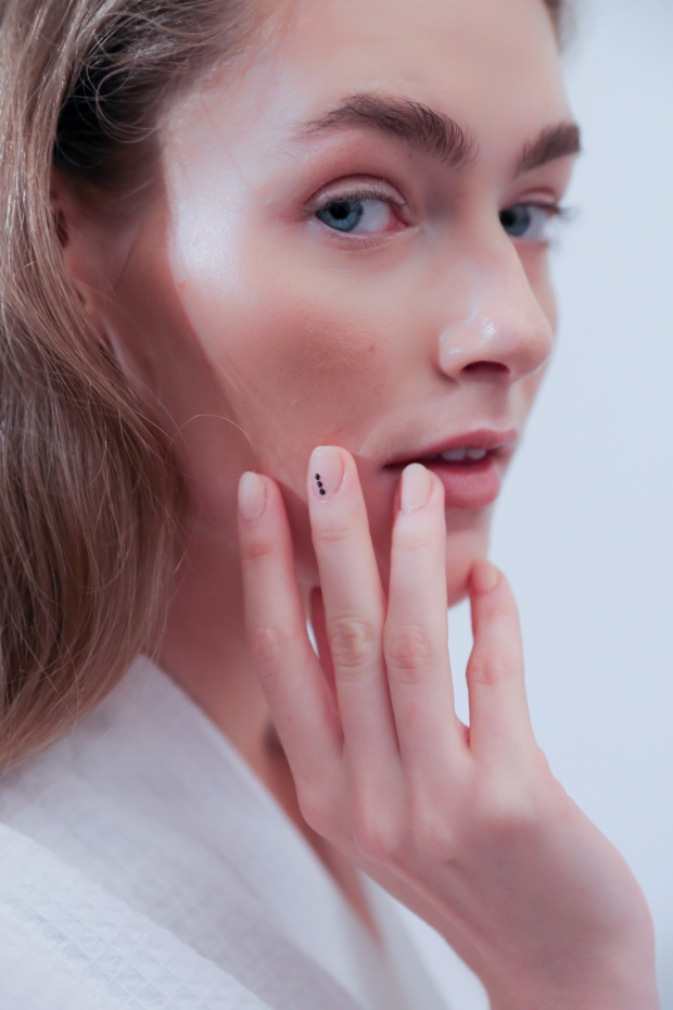 cat eyes & skinny jeans: Nude, Matte, Bedazzled Nails at Houghton